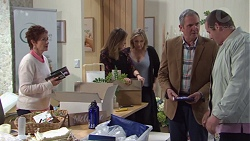 Susan Kennedy, Sonya Rebecchi, Steph Scully, Karl Kennedy, Toadie Rebecchi in Neighbours Episode 7741