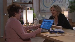 Lyn Scully, Steph Scully in Neighbours Episode 7742