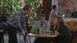 Paul Robinson, Gary Canning, Terese Willis in Neighbours Episode 7747