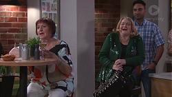 Angie Rebecchi, Joanne Schwartz in Neighbours Episode 7747