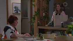 Angie Rebecchi, Sonya Mitchell in Neighbours Episode 7747