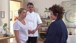 Steph Scully, Gary Canning, Lyn Scully in Neighbours Episode 7748