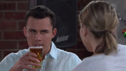Jack Callaghan, Steph Scully in Neighbours Episode 7748