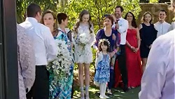 Toadie Rebecchi, Sonya Mitchell, Susan Kennedy, Willow Bliss, Nell Rebecchi, Angie Rebecchi, Shane Rebecchi, Dipi Rebecchi, Steph Scully, Jack Callaghan in Neighbours Episode 7750