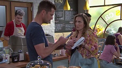 Mark Brennan, Sonya Mitchell in Neighbours Episode 7753