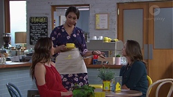 Elly Conway, Dipi Rebecchi, Amy Williams in Neighbours Episode 7755