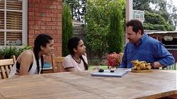 Yashvi Rebecchi, Kirsha Rebecchi, Shane Rebecchi in Neighbours Episode 7755