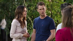 Elly Conway, Mark Brennan, Jack Callaghan, Amy Williams in Neighbours Episode 7760