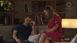Mark Brennan, Amy Williams in Neighbours Episode 7761