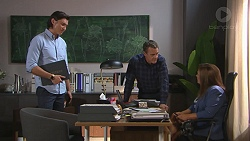 Leo Tanaka, Paul Robinson, Terese Willis in Neighbours Episode 7764