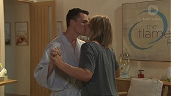 Jack Callaghan, Steph Scully in Neighbours Episode 7764