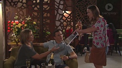 Steph Scully, Jack Callaghan, Amy Williams in Neighbours Episode 7765