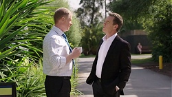 Clive Gibbons, Paul Robinson in Neighbours Episode 7767