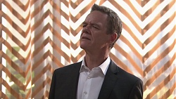 Paul Robinson in Neighbours Episode 7768