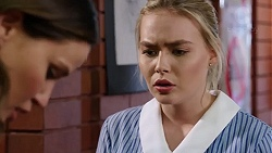 Elly Conway, Xanthe Canning in Neighbours Episode 7769