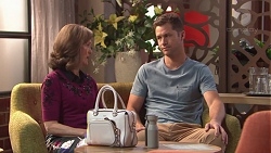 Fay Brennan, Mark Brennan in Neighbours Episode 7771