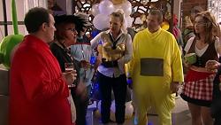 Stonie Rebecchi, Angie Rebecchi, Kevin Rebecchi, Steph Scully, Toadie Rebecchi, Amy Williams in Neighbours Episode 7777