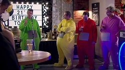 Lance Wilkinson, Toadie Rebecchi, Stonie Rebecchi, Stuart Parker in Neighbours Episode 7777