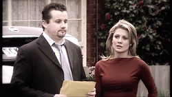 Toadie Rebecchi, Izzy Hoyland in Neighbours Episode 7777