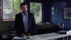 Detective Hall Tucker in Neighbours Episode 7777