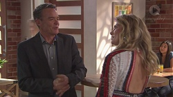 Paul Robinson, Izzy Hoyland in Neighbours Episode 7777