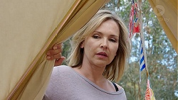 Steph Scully in Neighbours Episode 7781