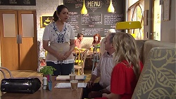 Dipi Rebecchi, Karl Kennedy, Izzy Hoyland in Neighbours Episode 7782