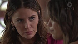 Elly Conway, Paige Novak in Neighbours Episode 7782