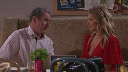 Karl Kennedy, Izzy Hoyland in Neighbours Episode 7782