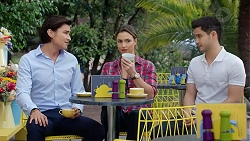 Leo Tanaka, Amy Williams, David Tanaka in Neighbours Episode 7783