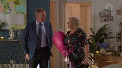 Clive Gibbons, Sheila Canning in Neighbours Episode 7784