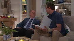 Clive Gibbons, Shane Rebecchi in Neighbours Episode 7784