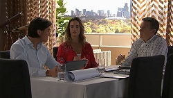 Leo Tanaka, Amy Williams, Paul Robinson in Neighbours Episode 7785