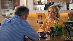 Karl Kennedy, Izzy Hoyland in Neighbours Episode 7788