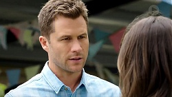 Mark Brennan, Paige Novak in Neighbours Episode 7789