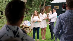 Aaron Brennan, Terese Willis, Paige Novak, Gabriel Smith, Jack Callaghan, Gary Canning in Neighbours Episode 7789