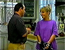 Philip Martin, Ruth Wilkinson in Neighbours Episode 2772