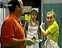 Philip Martin, Hannah Martin, Debbie Martin in Neighbours Episode 2774