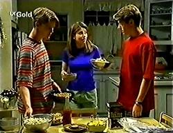 Billy Kennedy, Anne Wilkinson, Lance Wilkinson in Neighbours Episode 2775