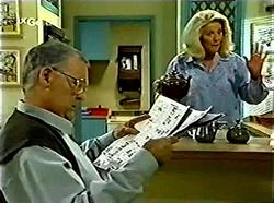 Harold Bishop, Madge Bishop in Neighbours Episode 2776
