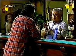 Karl Kennedy, Lou Carpenter in Neighbours Episode 2776