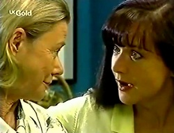 Helen Daniels, Susan Kennedy in Neighbours Episode 2782