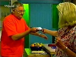 Harold Bishop, Madge Bishop in Neighbours Episode 2783