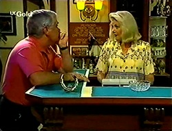 Lou Carpenter, Madge Bishop in Neighbours Episode 2784