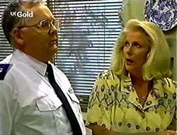 Harold Bishop, Madge Bishop in Neighbours Episode 2784