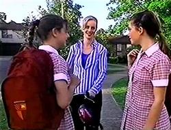 Hannah Martin, Lisa Elliot, Anne Wilkinson in Neighbours Episode 2785