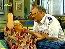 Madge Bishop, Harold Bishop, Claudia Harvey in Neighbours Episode 2785