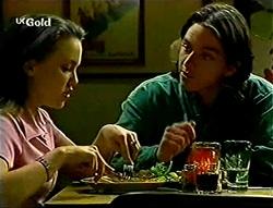 Libby Kennedy, Darren Stark in Neighbours Episode 2786