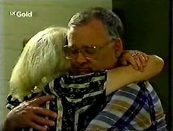 Madge Bishop, Harold Bishop in Neighbours Episode 2787
