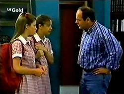 Anne Wilkinson, Hannah Martin, Philip Martin in Neighbours Episode 2787